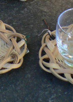 竹のコースター